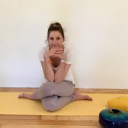 YOGA DU FEMININ – on line via ZOOm